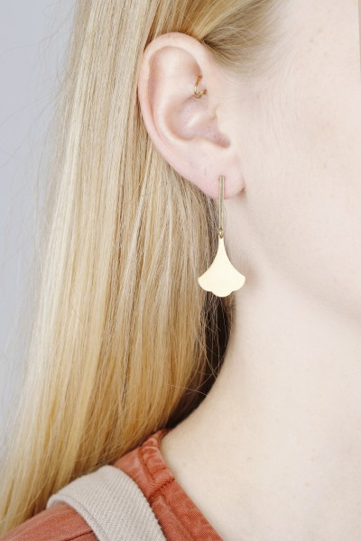 Earring Bar Stud Ginkgo