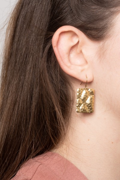 Earring structured Square