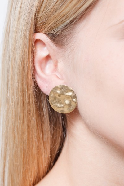 Studs structured Circle