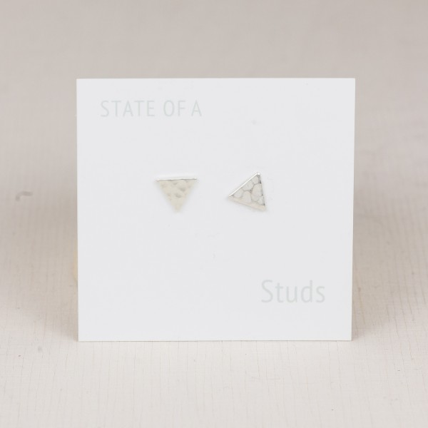 Studs Triangle silver