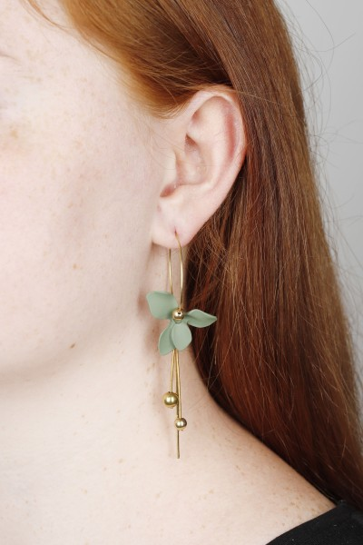 Hoop Earring matte Flower