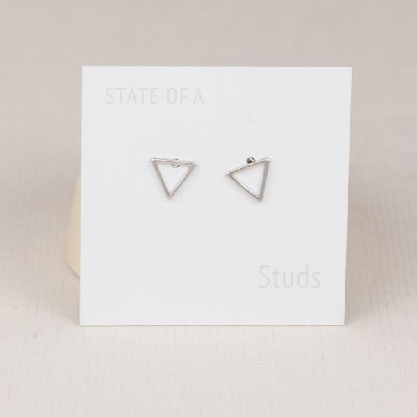 Studs Line Triangle small