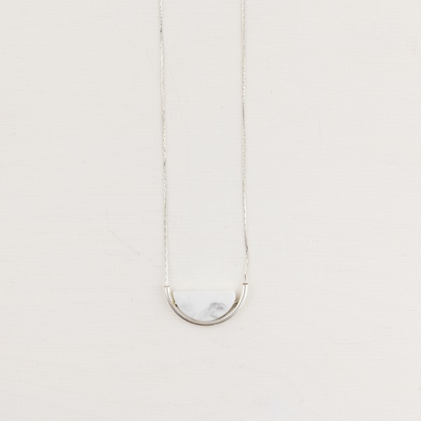 Necklace long Gem Tube and Howlite