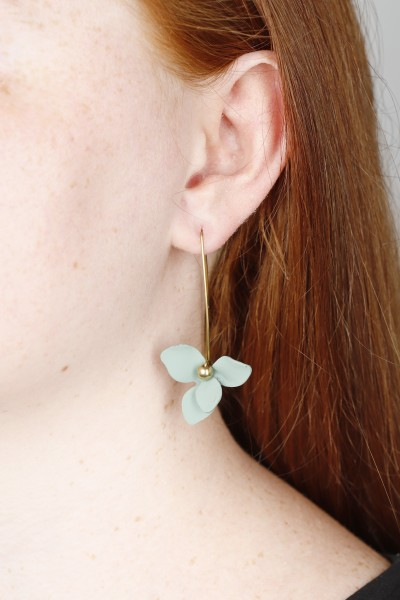 Earring hanging matte Flower