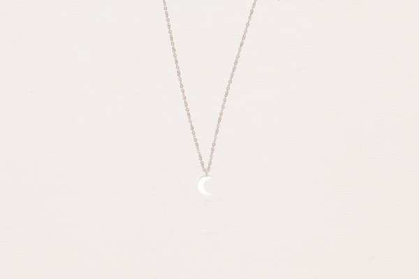 Necklace short moon