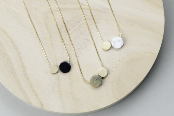 Necklace short Circle & Gem Coin
