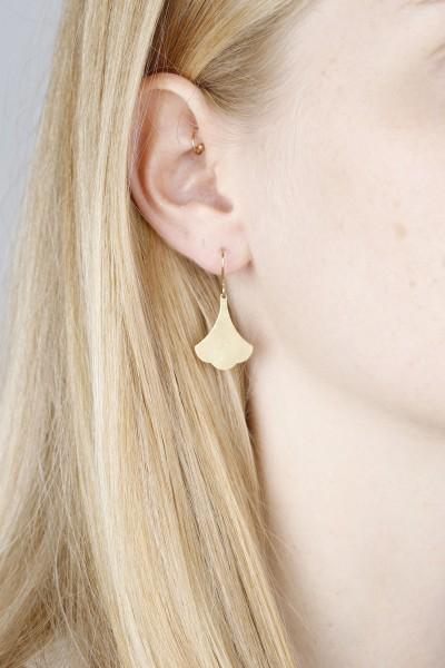 Earring hanging Leaf