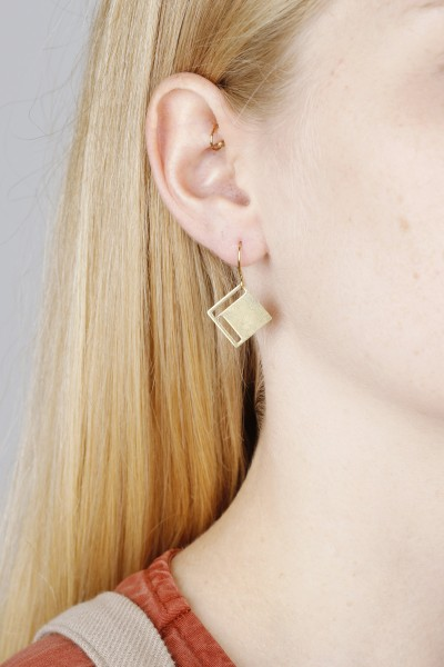Earring hanging Square