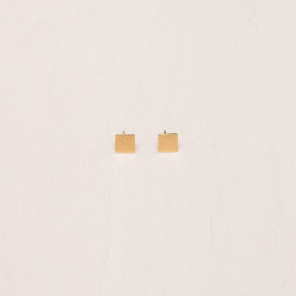Earring Stud Square frosted