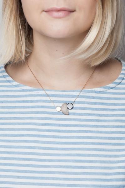 Necklace short Wooden asymmetrical Mix
